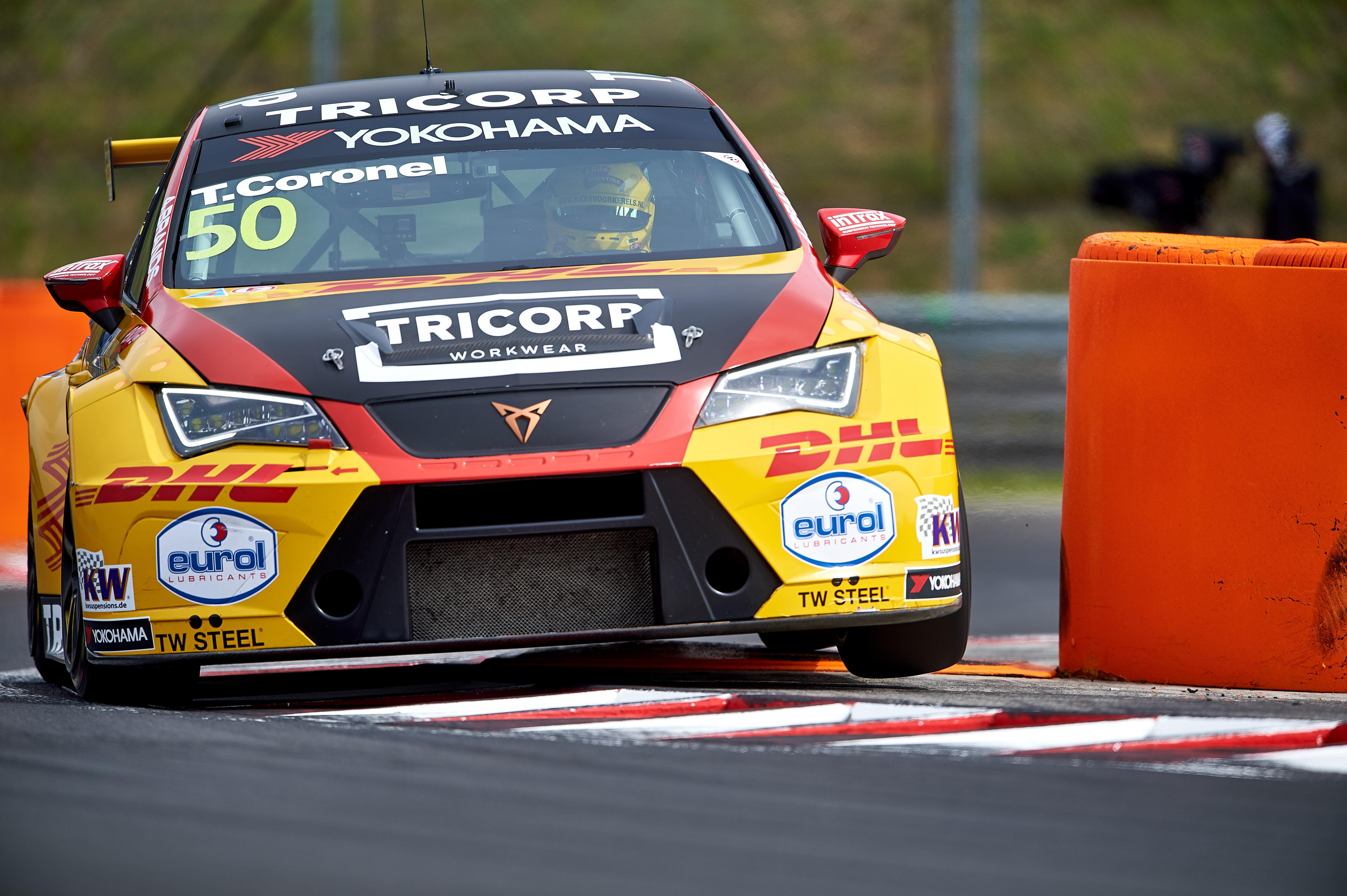 Tom Coronel met schade maar ook punten uit tweede ronde van FIA WTCR 2019 op Hungaroring