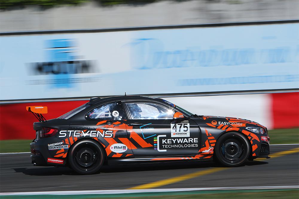 Jochen Stevens en Laurent Vandervelde viseren vierde podium op rij