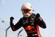 Max Verstappen wint de 70th Anniversary Grand Prix: