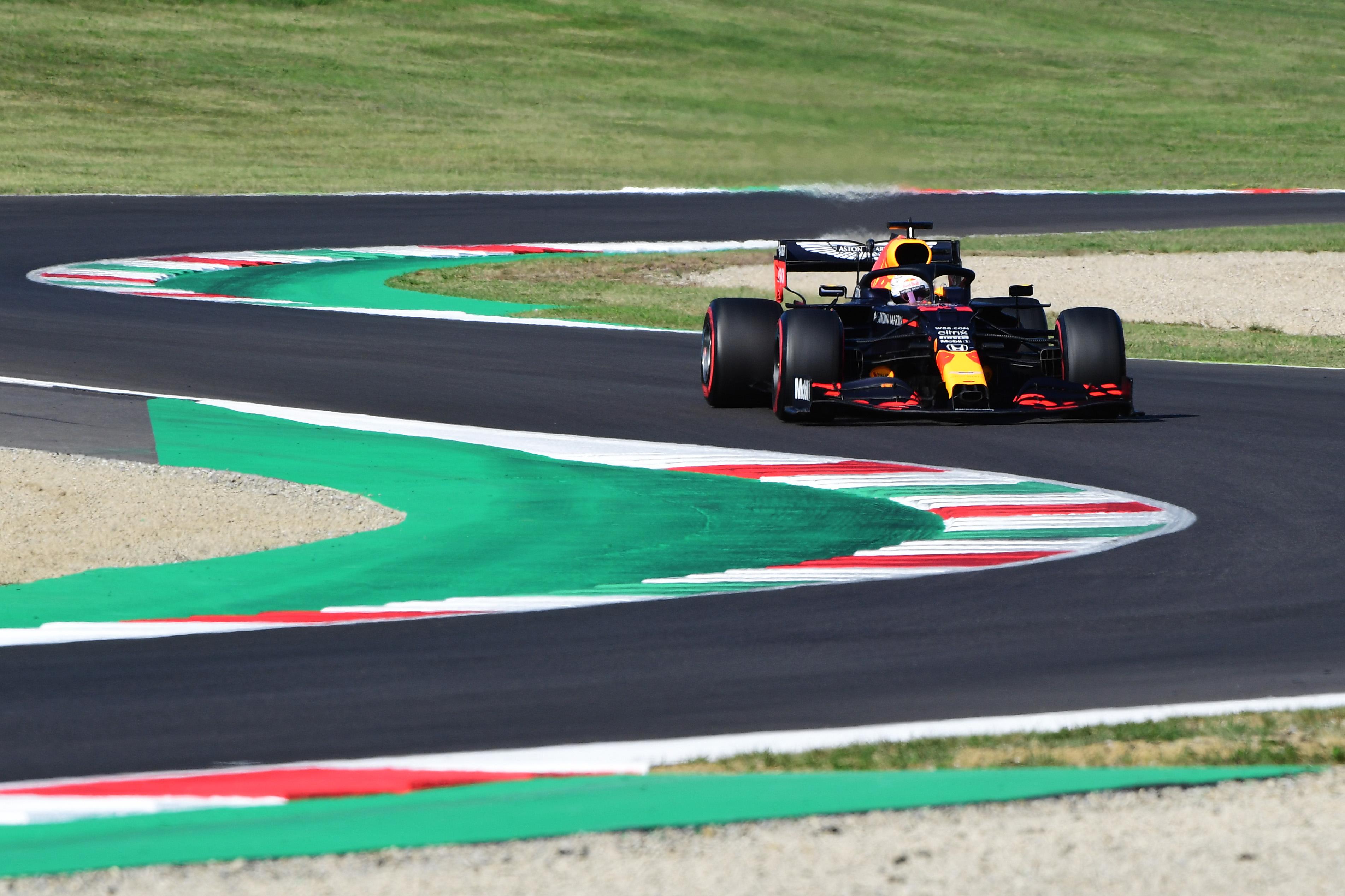 Max Verstappen vroeg klaar in Toscaanse GP na crash: