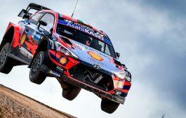 Craig Breen met Hyundai i20 WRC in South Belgian Rally