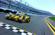 Racing Team Nederland in 24 uur van Daytona en FIA World Endurance Championship