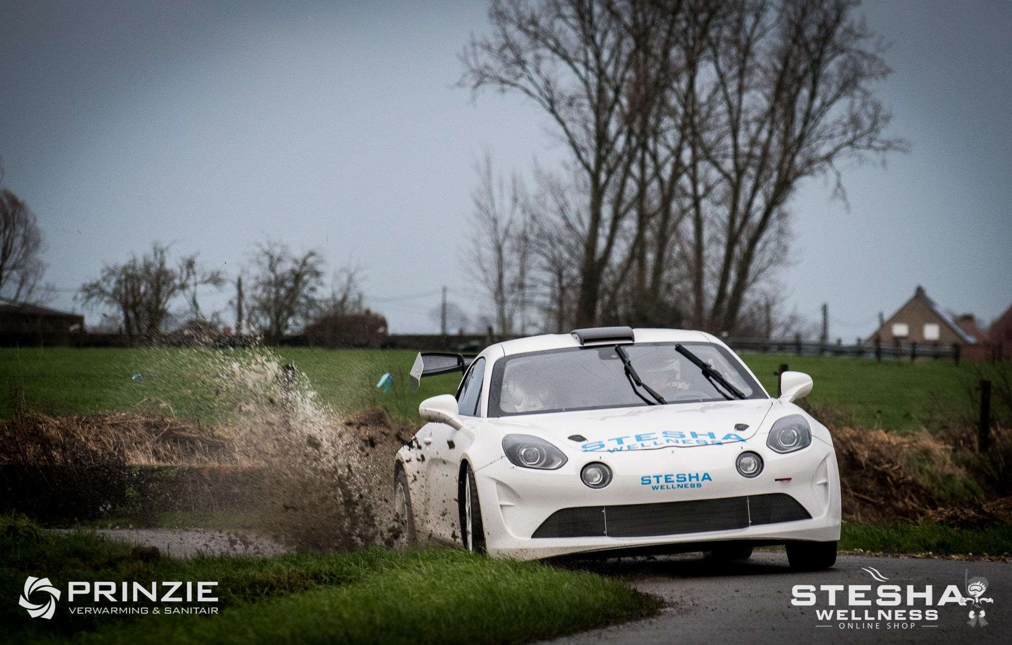 Stefaan Prinzie test zijn nieuwe Alpine A110 Rally G-GT