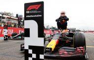 Max Verstappen wint GP Frankrijk na spectaculaire slotfase: